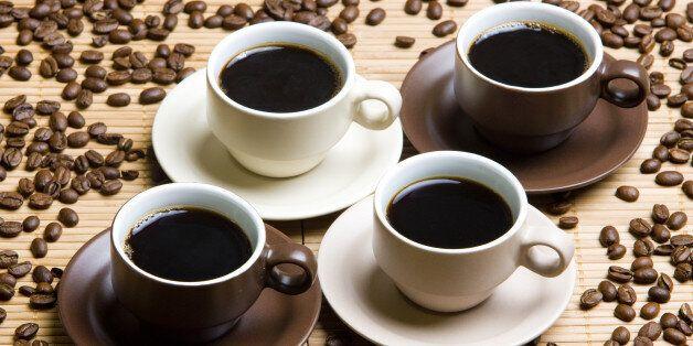 커피를 하루 3~5잔 마시는 게 수명 연장에 도움이