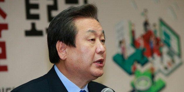 새누리당 김무성 대표가 27일 여의도 당사에서 열린 '노동개혁을 통한 청년일자리 창출 토론회'에서 인사말을 하고