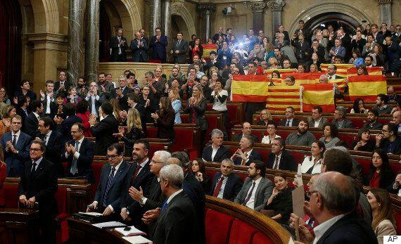 카탈루냐 주의회, '스페인 분리독립' 결의안