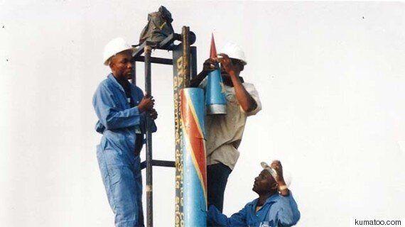 콩고 발명가 '장-파트리스 케카'가 생쥐 탑승 우주 로켓을