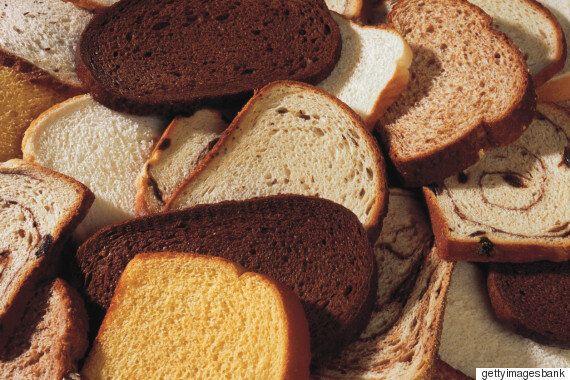 냉장고에 빵을 절대로, 절대로 보관하면 안 되는