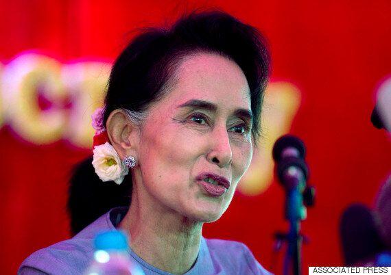 미얀마, 25년만의 자유총선 투표 개시 : 군부독재