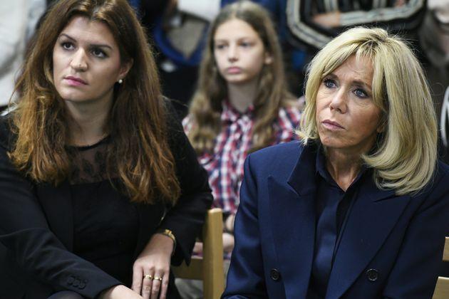 Marlène Schiappa et Brigitte Macron dans une école de Clamart (92), le 15 novembre