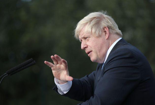 Έξαλλοι οι Βρετανοί με τον Τζόνσον - «Τι κάνεις εδώ; Έπρεπε να είσαι στις Βρυξέλλες και να