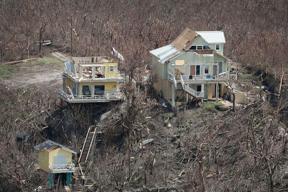 Σπίτια που έχουν καταστραφεί...
