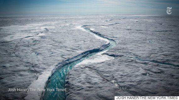 그린란드의 빙상이 녹아내리는 드론 동영상은 놀랍고,