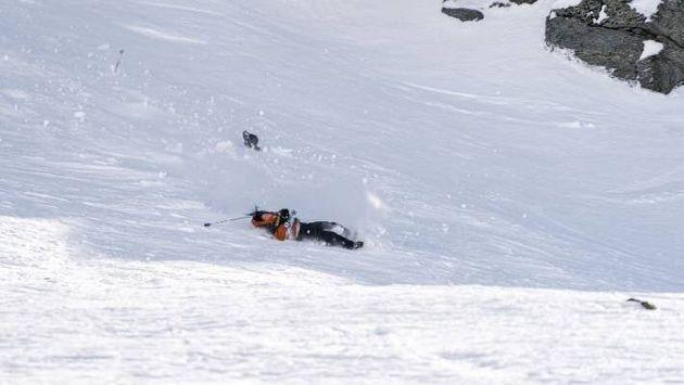 Σοκαριστική πτώση σκιερ στους Χειμερινούς Αγώνες της Νέας