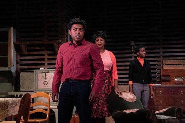 Frédéric Pierre, Myriam De Verger et Tracy Marcelin dans la pièce «Héritage»,...