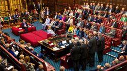 La Cámara de los Lores también aprueba la ley que impide un Brexit sin