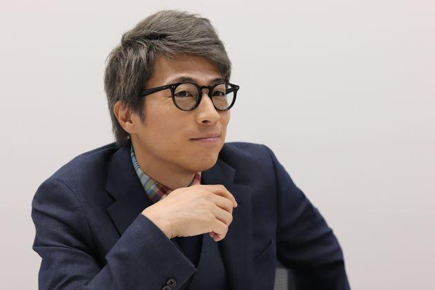 取材に応じた田村淳さん