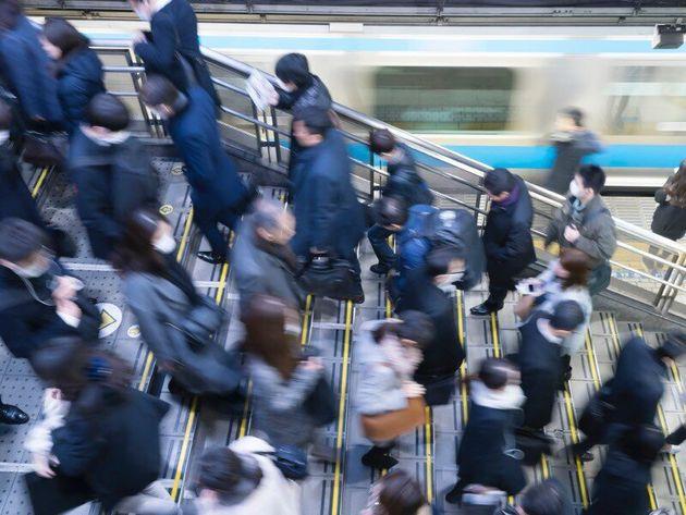【台風15号】関東直撃へ。暴風警報発表で休校の可能性も?