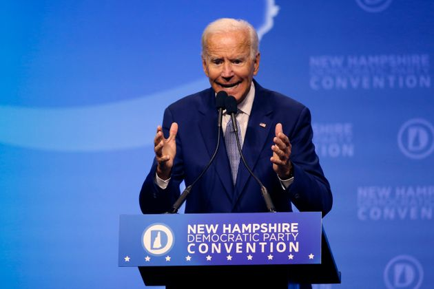 L'ancien vice-président Joe Biden, candidat à la présidentielle démocrate,...
