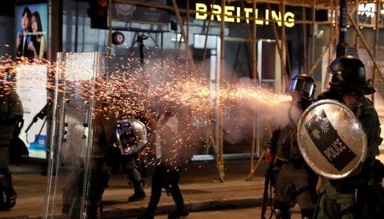홍콩 시위 14주째, 시위대와 경찰이 또다시