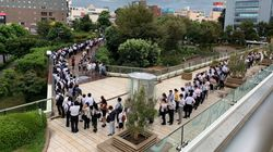 JR津田沼駅、入場規制で長蛇の列「2キロくらい並んでいた」の声も(台風15号)