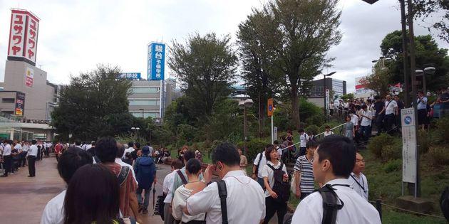 津田沼駅前の様子