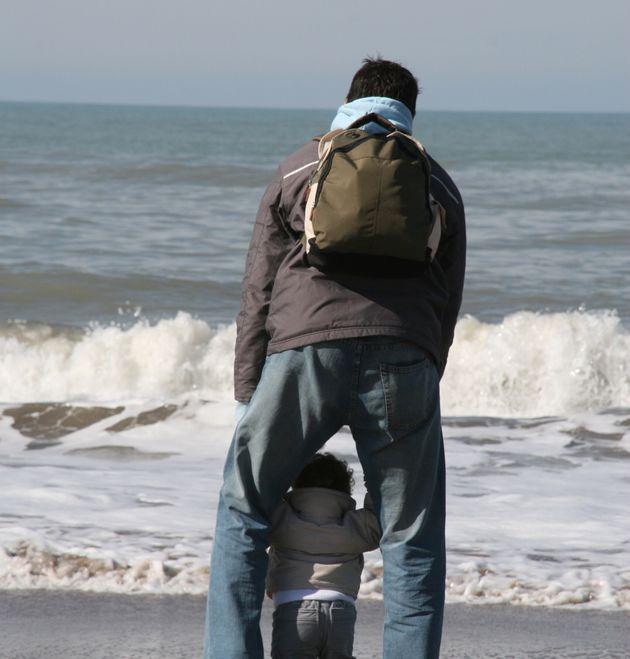 La emotiva reflexión de un padre adicto al trabajo tras perder a su hijo de ocho