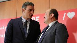 El PSOE sumaría mayoría absoluta con Podemos y PNV, según sondeo del