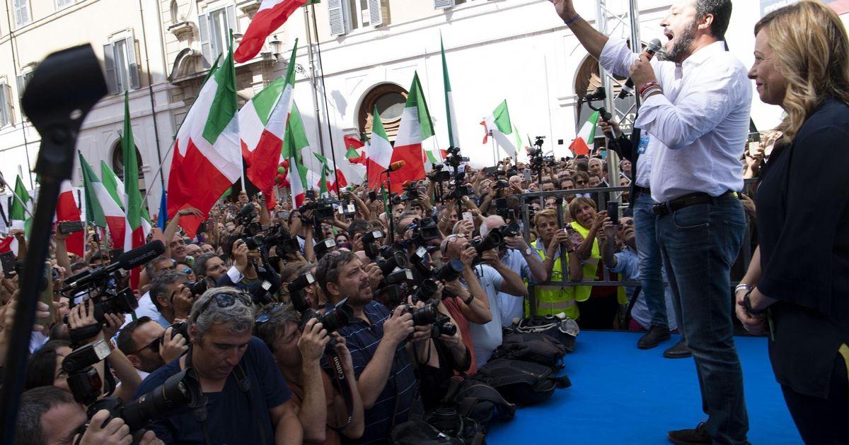 """Salvini e Meloni guidano la protesta contro il Conte-bis: """"Ladri di democrazia e sovranità"""""""
