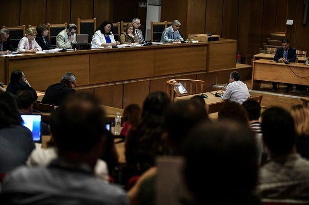 Δίκη Χρυσής Αυγής: Δύο ακόμη κατηγορούμενοι αρνούνται την επίθεση στους Αιγύπτιους
