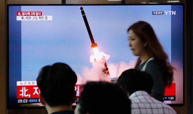 Και νέα εκτόξευση δυο βαλλιστικών πυραύλων από τη Βόρεια