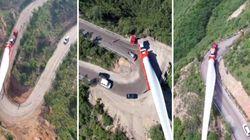 Ecco come trasportare una pala eolica di 70 metri sulle montagne della Cina
