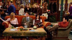 Mettetevi comodi: il divano di Friends arriva a Roma (ma solo per due