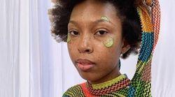 Ces mannequins ont du concombre sur le visage à la Fashion Week pour une bonne