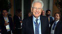 Monti vota la fiducia al governo. Gli applausi ironici dei leghisti al Senato: