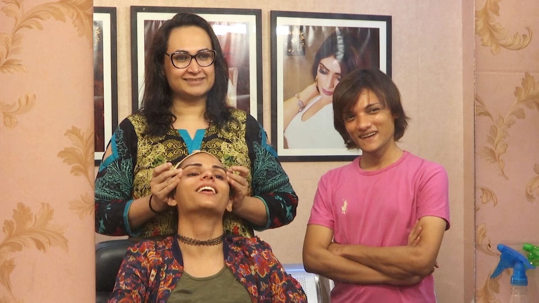 This Woman Has Opened Pakistan's First Trans-Friendly Beauty Salon