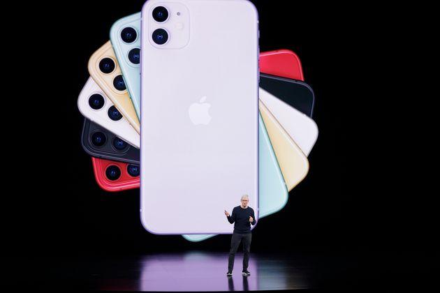 Tim Cook présente le iPhone