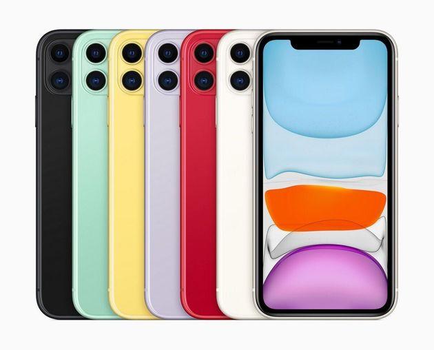 アルミとガラスのカラフルな6色のボディにデュアルカメラ、液晶の6.1インチLiquid