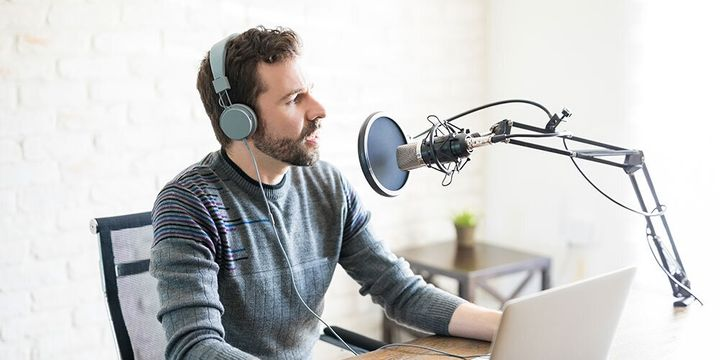 A five-hour course in podcasting can teach you some basics about the medium.