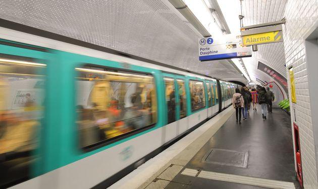 La circulation s'annonce extrêmement compliquée dans les transports parisiens ce vendredi...