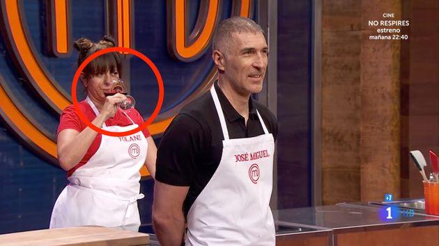 La actriz Yolanda Ramos y el jugador de baloncesto José Miguel Antúnez, en 'MasterChef Celebrity