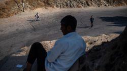 Δίκαιη κατανομή προσφύγων που συγκεντρώθηκαν στα ελληνικά νησιά ζητούν διεθνείς
