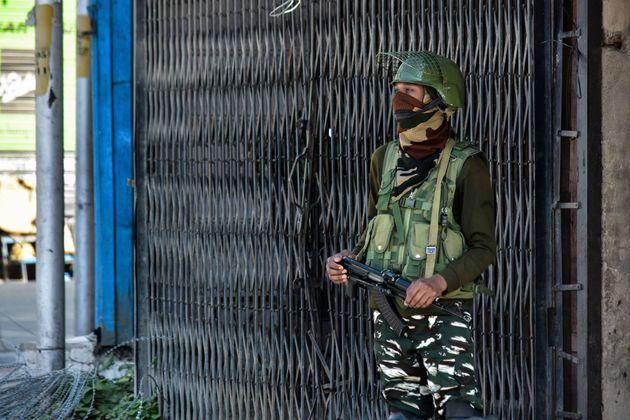 Two US Lawmakers Seek Immediate End To Kashmir's Communication