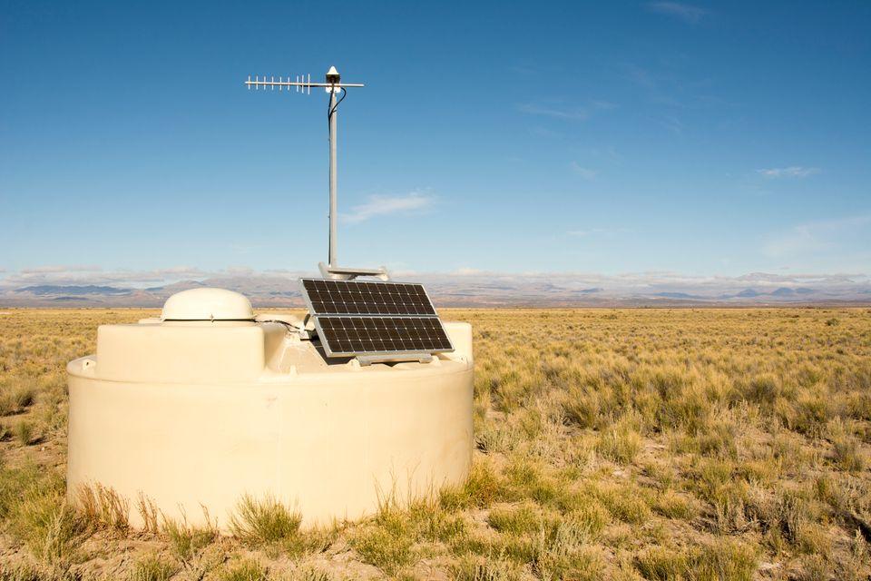Ένας από τους ανιχνευτές του διεθνούς παρατηρητηρίου κοσμικών ακτίνων Pierre Auger, στη Χιλή