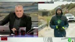 El 112 de Murcia abronca a 'Al Rojo Vivo' por lo que ha hecho un reportero en pleno