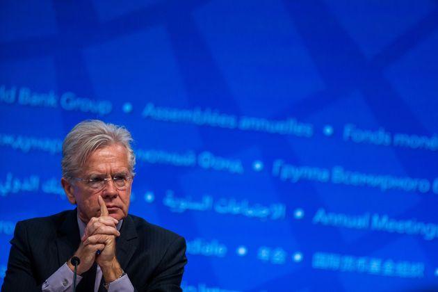 ΔΝΤ: Οι υψηλοί δημοσιονομικοί στόχοι αποτελούν βαρίδι για την ανάκαμψη της