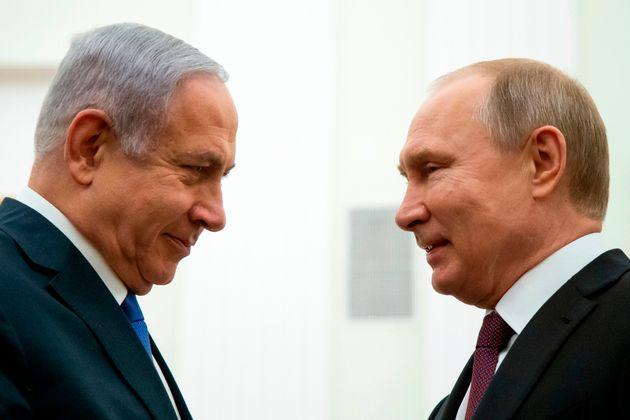 Israele al voto, Netanyahu alla corte di Putin mentre sdogana la destra