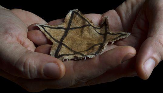 H «Άννα Φρανκ» της Πολωνίας: Ημερολόγιο νεαρής Εβραίας που σκοτώθηκε από τους Ναζί δημοσιεύεται μετά από 70