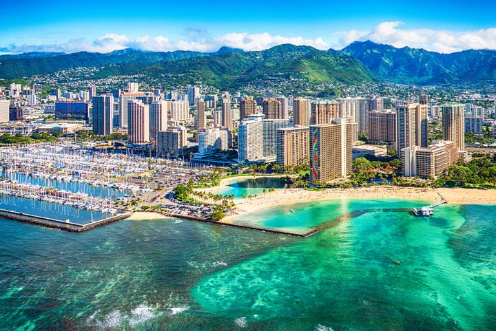 Westlake Legal Group 5d7aa35f240000d32678bdf7 25 Mistakes Tourists Make While Visiting Hawaii
