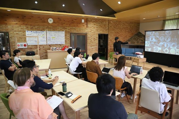 男女20人が参加した「未来の食」イベント。福島県磐梯町にあるLivingAnywhere Commons会津磐梯にて開催