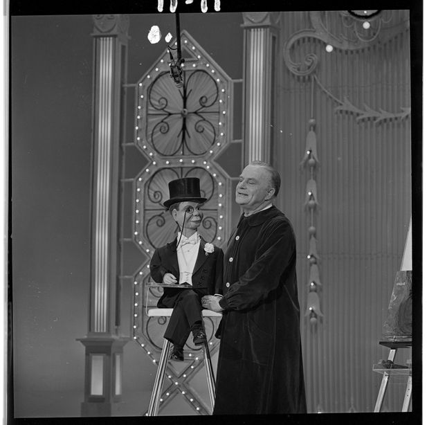 Edgar Bergen with his ventriloquist dummy Charlie McCarthy on The Hollywood Palace (airdate Feb. 19,