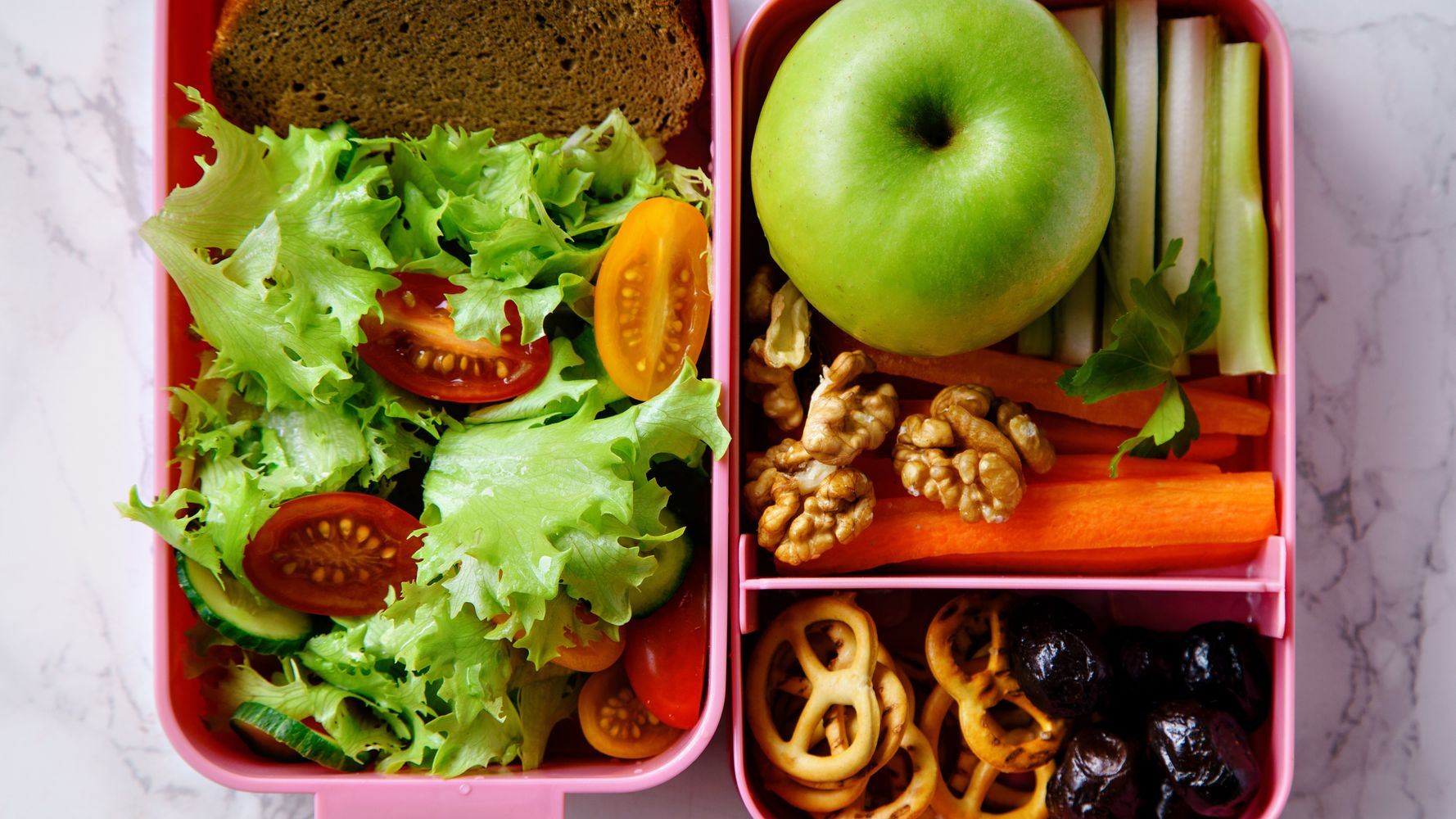 Secondary School Serves Vegetarian-Only Lunches – Here's What Parents Think Of That