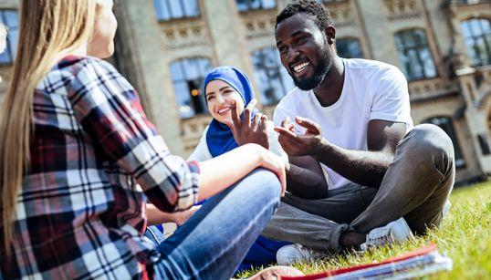 Erasmus+: l'UE augmente la participation des étudiants africains en