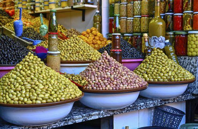 Olives dans un souk au