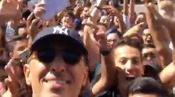 Gad Elmaleh s'offre un bain de foule devant le lycée Lyautey à