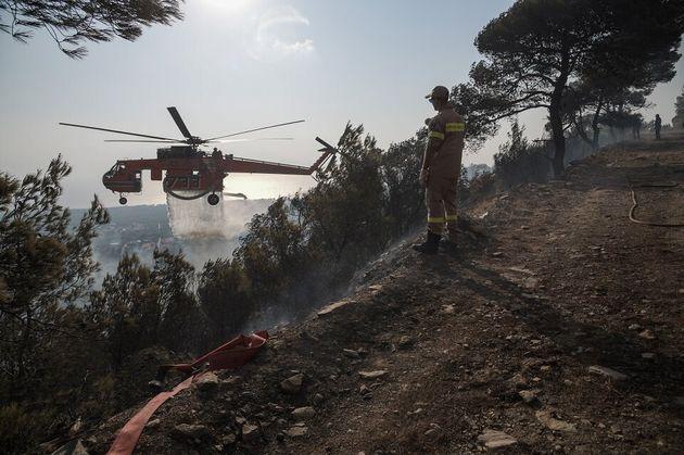Ηλεία: Νεκρός στη μεγάλη φωτιά της