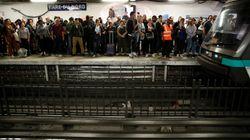Tο Παρίσι «παρέλυσε»: Απεργία των εργαζομένων στα μέσα μαζικής μεταφοράς για τις αλλαγές στο